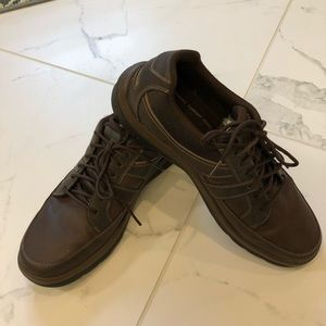Rockport Mens 10.5 Leather casual walking shoe
